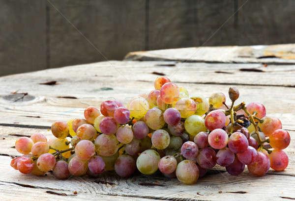 Druiven afbeelding bos houten tafel voedsel hout Stockfoto © akarelias