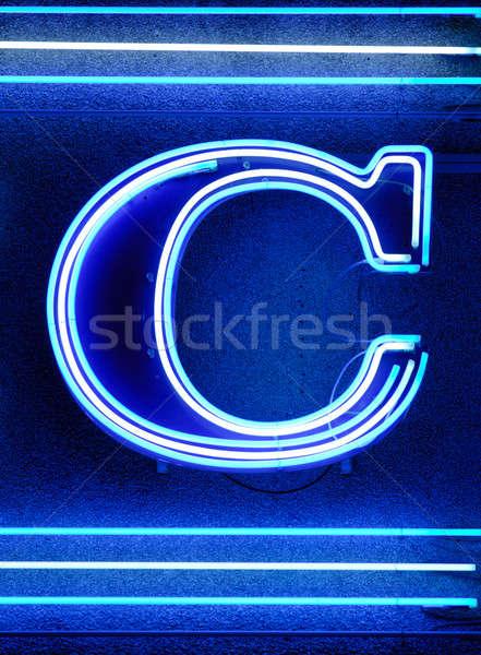 字母c 氖 燈 質地 背景 夜 商業照片 © akarelias