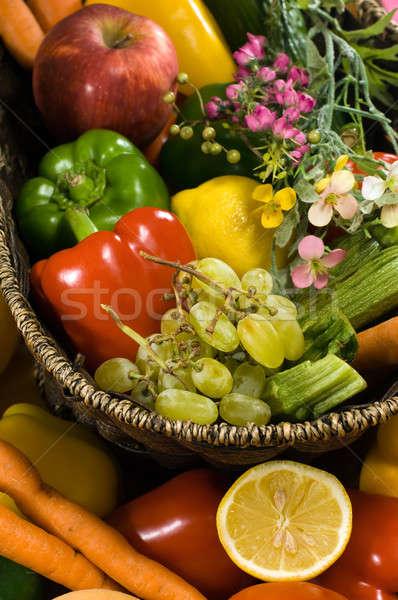 Warzyw owoców koszyka kwiaty zakupy czerwony Zdjęcia stock © akarelias
