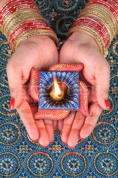 Stockfoto: Handgemaakt · diwali · lamp · hand · aanbidden · vrouwelijke