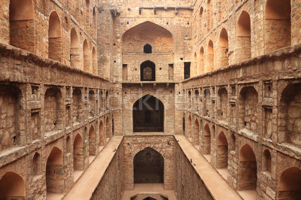 Lépés kút ősi építkezés Új-Delhi India Stock fotó © Akhilesh