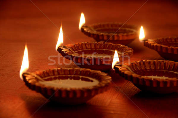 Argile diwali pétrolières lampes feu Photo stock © Akhilesh