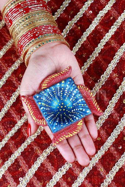 ハンドメイド ディワリ ランプ 手 赤 女性 ストックフォト © Akhilesh