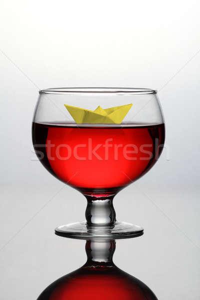 Rode wijn glas papier boot kunst Rood Stockfoto © Akhilesh