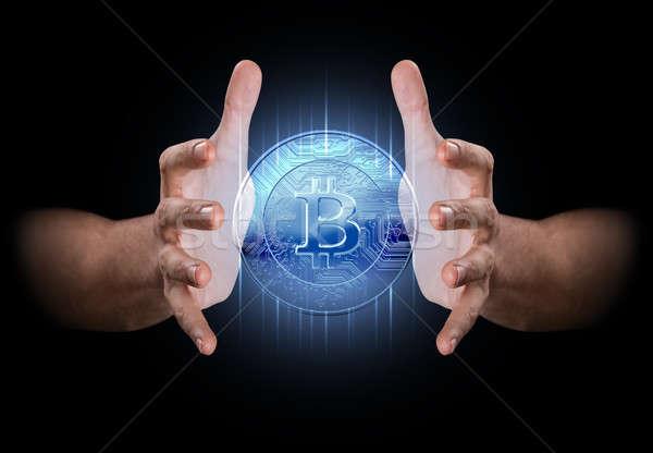 Zdjęcia stock: Strony · pary · mężczyzna · ręce · hologram · bitcoin