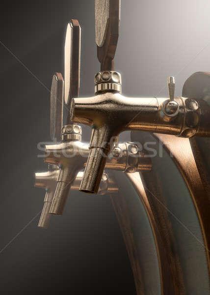 Cerveza toque madera latón aislado Foto stock © albund