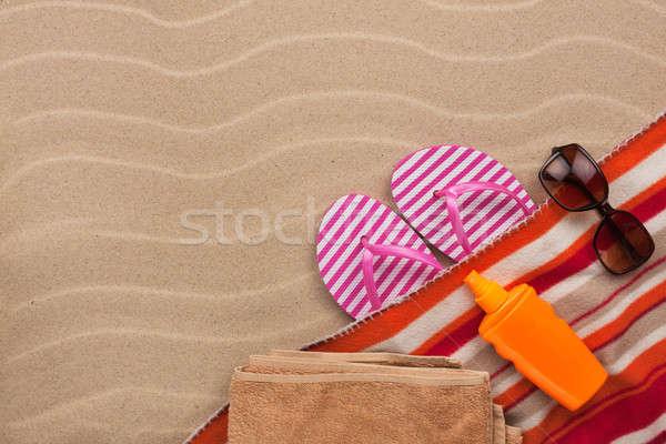 Kellékek tengerpart homok hely buli tenger Stock fotó © alekleks