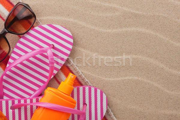 Kellékek tengerpart homok hely szépség utazás Stock fotó © alekleks