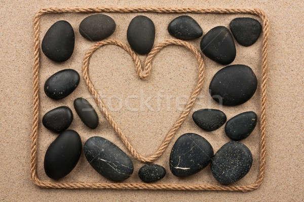 Belo quadro corda forma coração preto Foto stock © alekleks