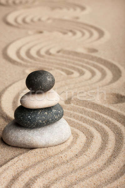 Сток-фото: пирамида · камней · Постоянный · песок · пляж · саду