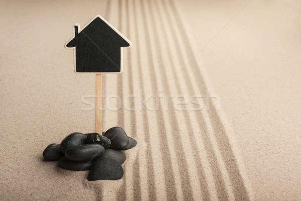 Huis permanente stenen zand plaats strand Stockfoto © alekleks