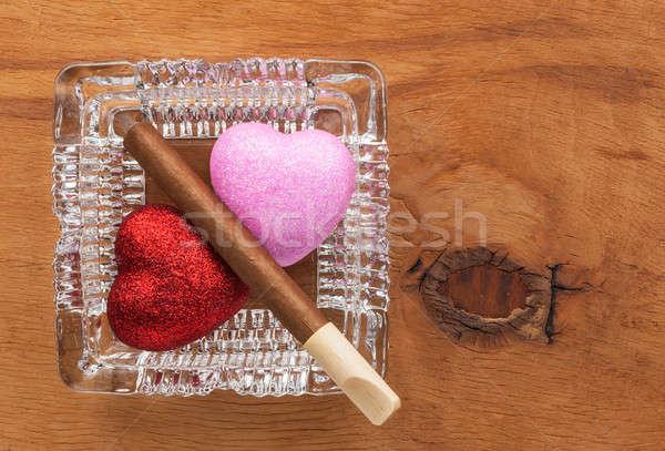 Amour nuisibles habitude verre cendrier image Photo stock © alekleks