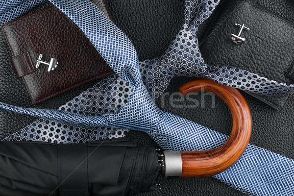Pénztárca nyakkendő mandzsettagombok esernyő bőr konzerv Stock fotó © alekleks