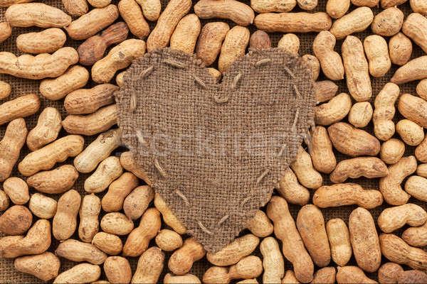Corazón arpillera mentiras maní lugar alimentos Foto stock © alekleks