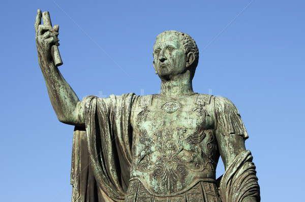 Standbeeld keizer Rome Italië reizen kroon Stockfoto © alessandro0770