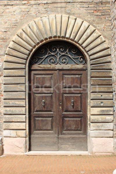 Médiévale porte d'entrée bois style maison bois Photo stock © alessandro0770