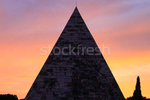Cestia Pyramid in Rome Stock photo © alessandro0770