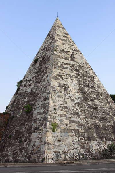 Piramidy Rzym krajobraz widoku Włochy niebo Zdjęcia stock © alessandro0770