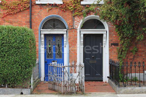 Ajtók Dublin Írország ház fal fekete Stock fotó © alessandro0770