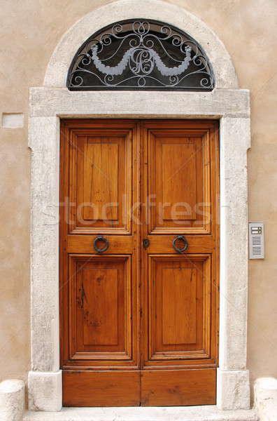 古い スタイル フロントドア 木製 家 木材 ストックフォト © alessandro0770