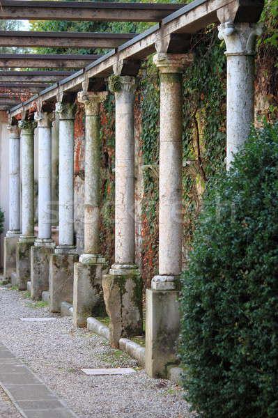 Kolommen middeleeuwse verona Italië gebouw kerk Stockfoto © alessandro0770