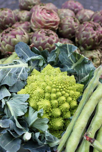 Green cauliflower and other vegetables Stock photo © alessandro0770