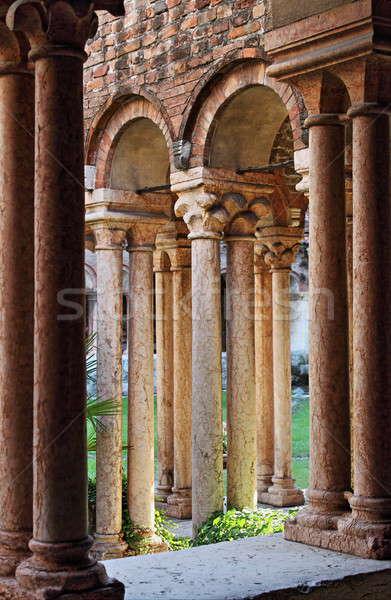 Kolommen middeleeuwse verona Italië gebouw Stockfoto © alessandro0770