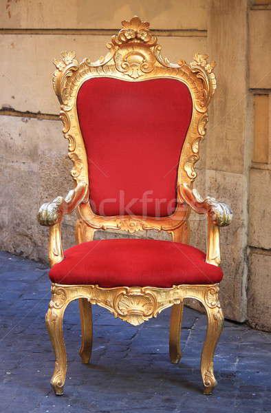 Trono emperador oro rojo terciopelo silla Foto stock © alessandro0770