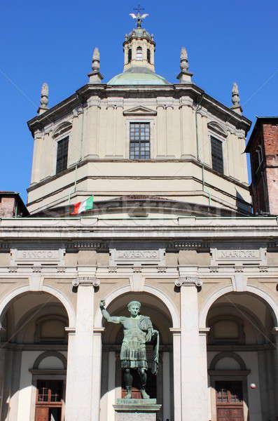 Catedral milan estátua imperador paisagem Foto stock © alessandro0770
