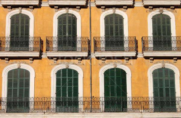 Pencereler balkon kapalı ev duvar Stok fotoğraf © alessandro0770