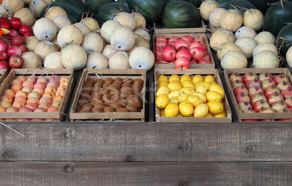 Meyve satış pazar arka plan yeşil ejderha Stok fotoğraf © alessandro0770