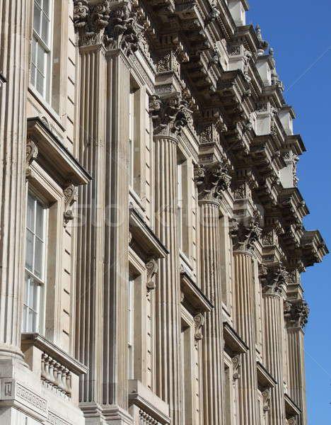 Budynku fasada Londyn niebieski biały posąg Zdjęcia stock © alessandro0770