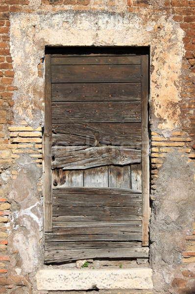 Eski ahşap kapı ahşap kale Bina Stok fotoğraf © alessandro0770