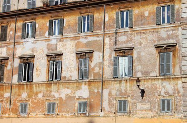 Antigo edifício Roma típico centro da cidade Itália Foto stock © alessandro0770