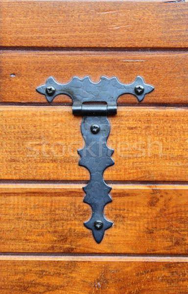 Menteşe bağlı ahşap dolap kapı Stok fotoğraf © alessandro0770
