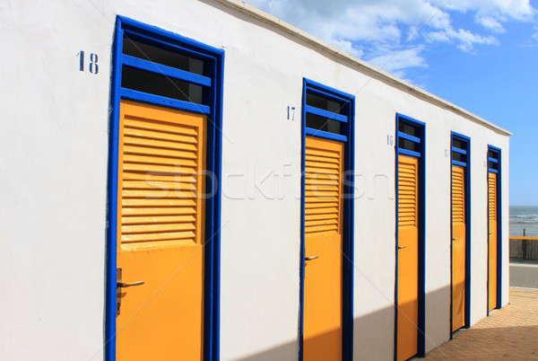 Fürdik dobozok tengerpart fényes színek csetepaté Stock fotó © alessandro0770