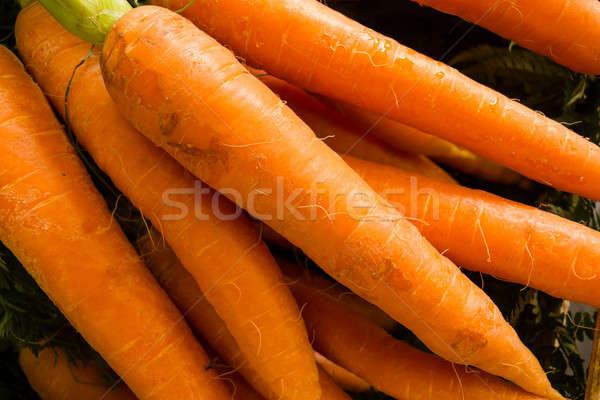 Wortelen display markt wortel verkoop Stockfoto © AlessandroZocc