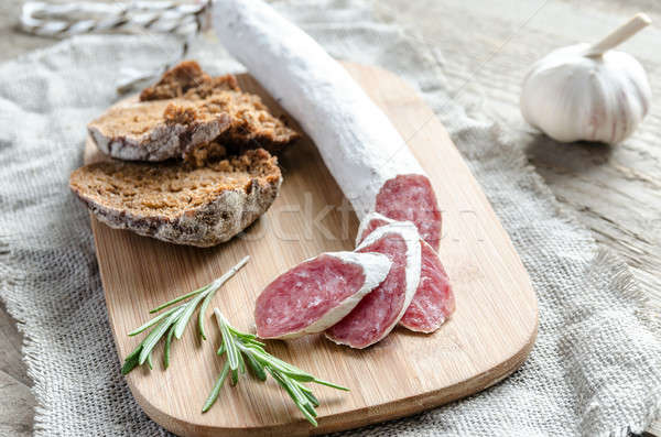 Fatias espanhol salame papel comida pão Foto stock © Alex9500