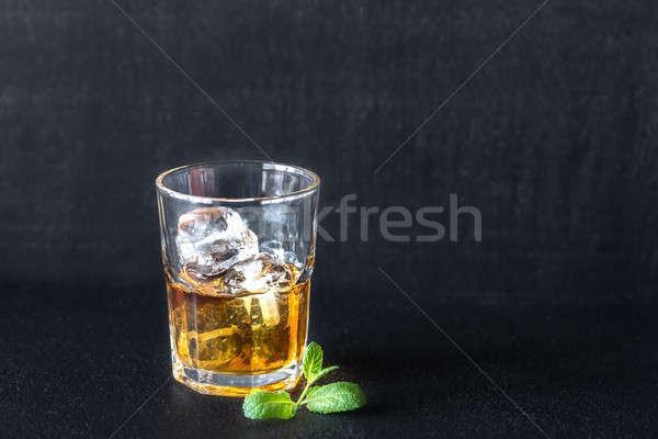 Vetro rum buio party sfondo ghiaccio Foto d'archivio © Alex9500