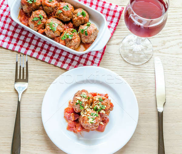 Almôndegas molho de tomate parmesão comida vinho folha Foto stock © Alex9500
