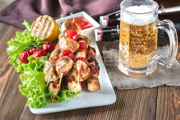 Gegrilde kip mok bier glas diner plaat Stockfoto © Alex9500