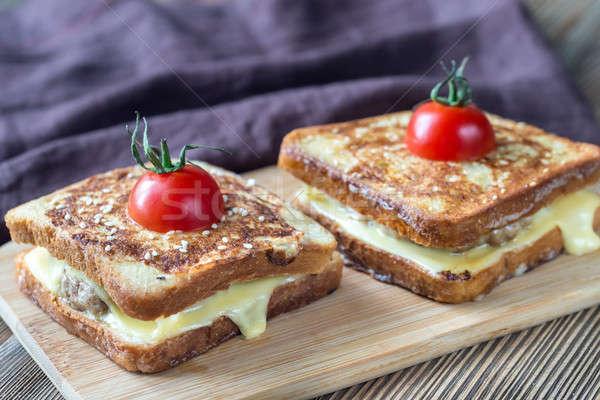 Cheeseburger francese alimentare sfondo rosso Foto d'archivio © Alex9500