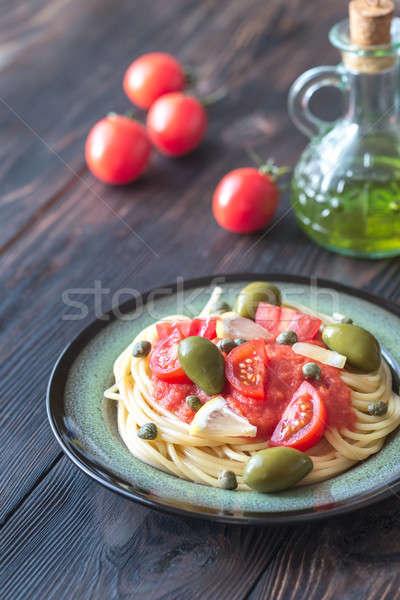 Stok fotoğraf: Makarna · domates · sosu · zeytin · plaka · gıda · yeşil