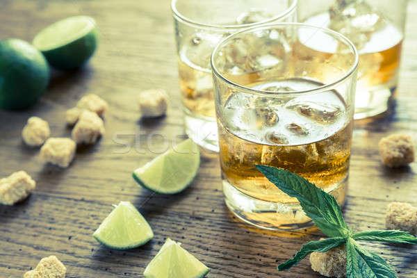 Bril rum glas houten partij ijs Stockfoto © Alex9500