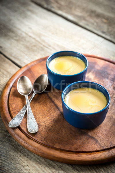 Karmel żywności jaj tle ciasto tabeli Zdjęcia stock © Alex9500