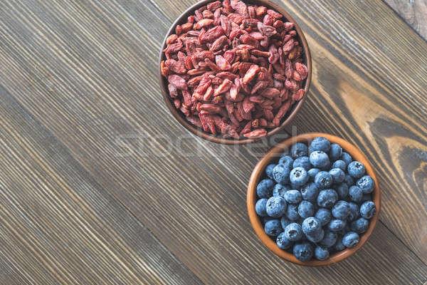 Mirtilli frutti di bosco tavolo in legno frutta spazio Foto d'archivio © Alex9500