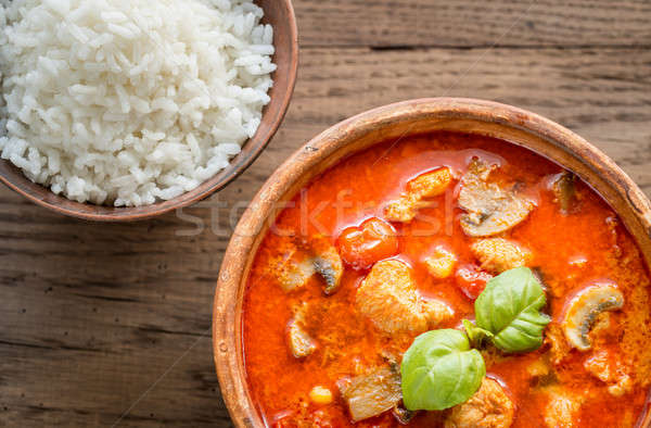 Tailandés rojo pollo al curry blanco arroz leche Foto stock © Alex9500