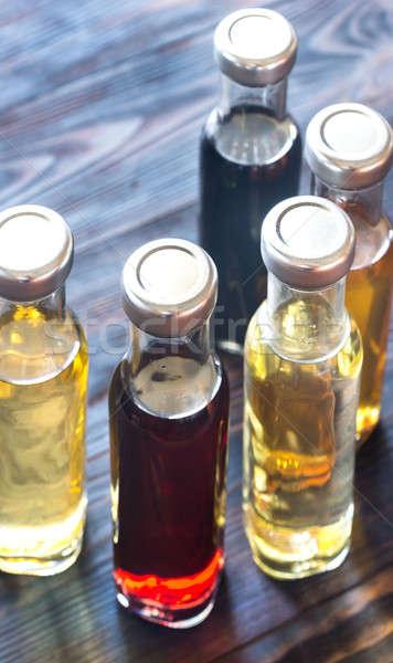 Bottiglie diverso aceto alimentare vino mela Foto d'archivio © Alex9500