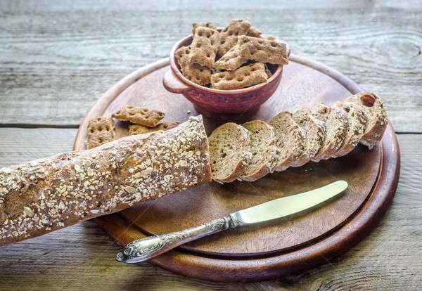 Baguette bois plateau blé seigle baguettes Photo stock © Alex9500