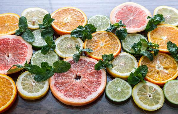 Plastry cytrus owoce tle czerwony cytryny Zdjęcia stock © Alex9500